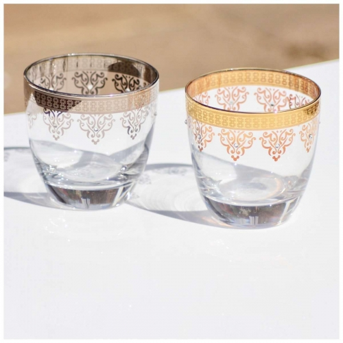 silver or gold embellished water glasses.