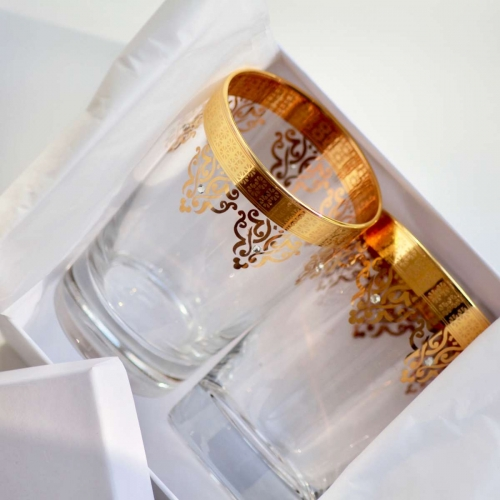 tea glasses in gold